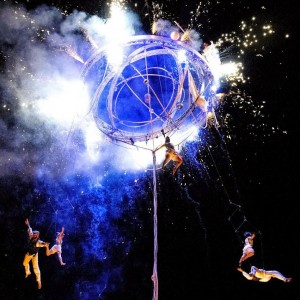 galileo-cirque_spectacle de rue_deus_ex_machina (10)